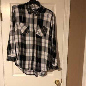 """Flannel black and white shirt"""""""